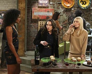 2 Broke Girls - And the Really Petty Cash