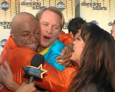 JR Martinez and Carson Kressley Dancing with the Stars