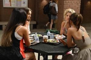 Pretty Little Liars - Season 3 Premiere
