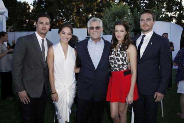 the cw tca party photos  stephen amell  justin hartley