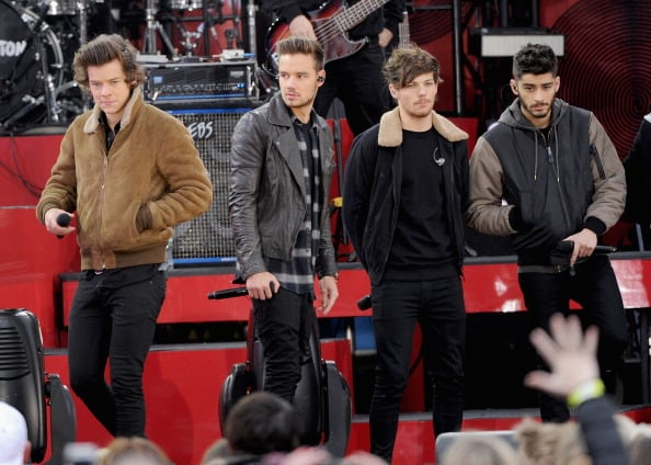 """One Direction Perform On ABC's """"Good Morning America"""""""