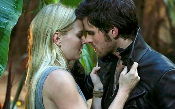 Emma and Hook Once Upon a Time