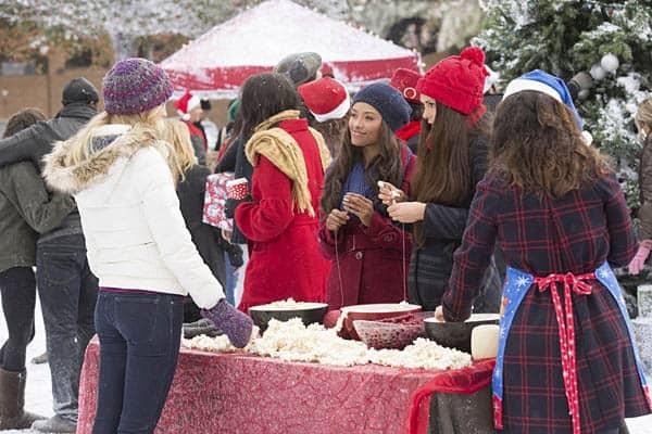 """The Vampire Diaries Season 6 Episode 10 Review: """"Christmas Through"""