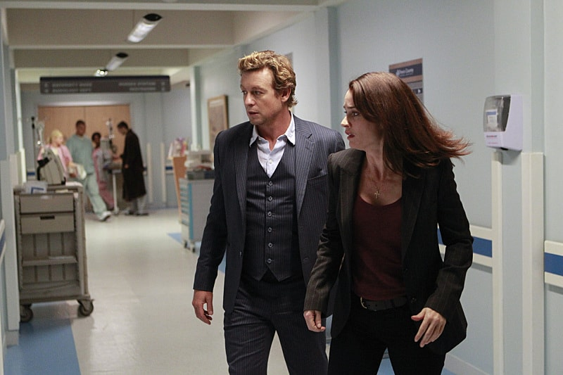 The Mentalist is a show that didnt take itself too seriously Simon Baker plays our hero with a tongue in cheek charm The supporting cast all do an