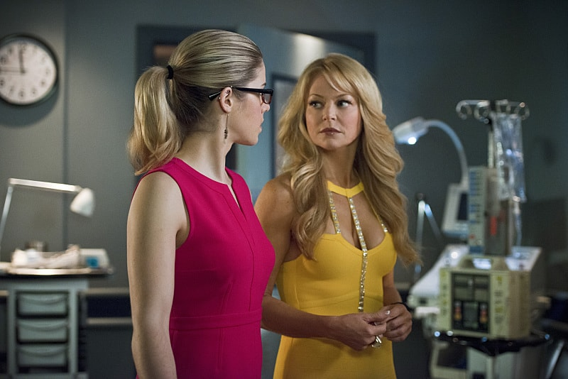Arrow Season 4: Charlotte Ross' Donna Smoak to Appear in