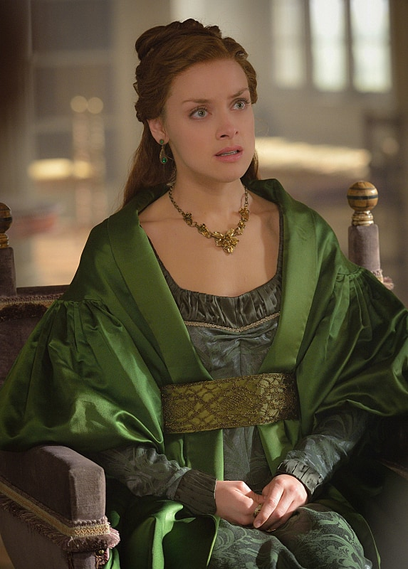 22+ Reign Hairstyles Mary JPG