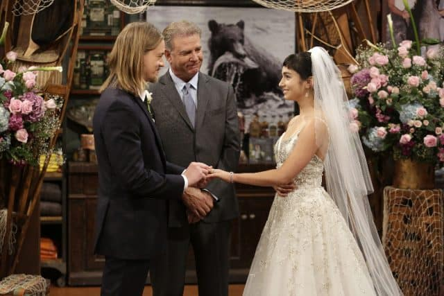 Last man standing review kyle mandy tie the knot for Last season wedding dresses