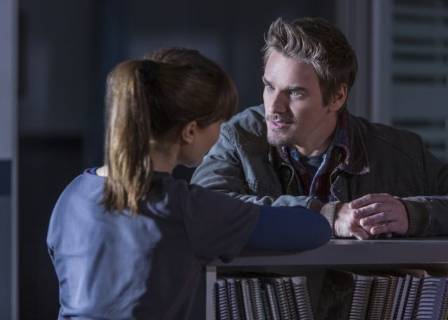 Frequency Season 1 Episode 10
