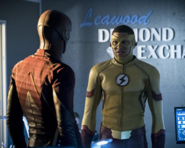 """The Flash Season 3 Episode 10 Review: """"Borrowing Problems from the Future"""""""