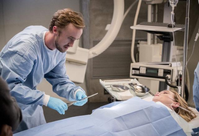 """The Flash Season 3 Episode 18 Review: """"Abra Kadabra"""""""