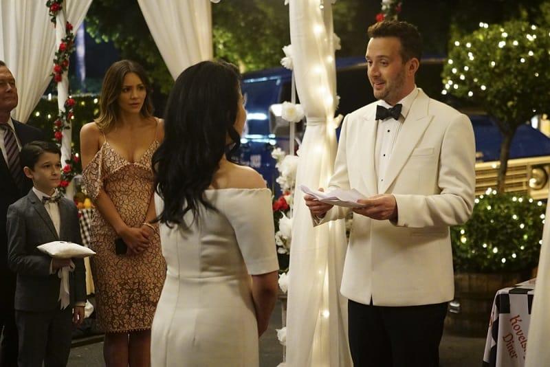 Lightning Box Wedding Dresses 46 Awesome Scorpion Quintis Finally Ties