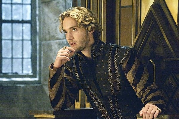 five things you didn t know about toby regbo