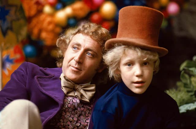 http://www.tvovermind.com/wp-content/uploads/2017/06/willy-wonka-behind-scenes-1-640x424.jpg