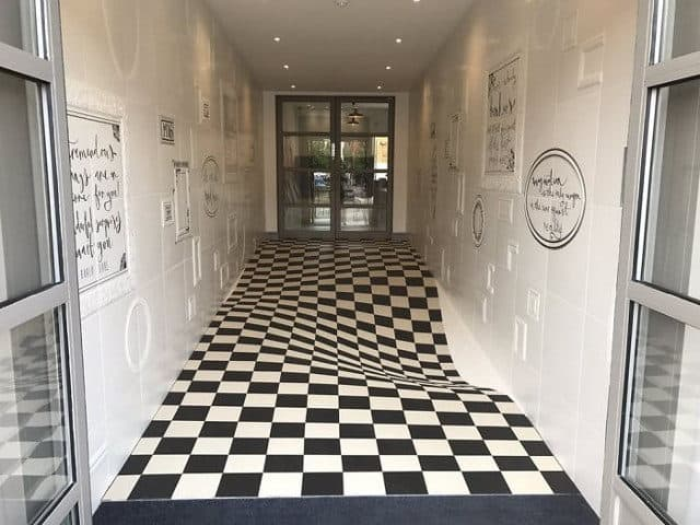 Amazing Optical Illusion Floor Tiles To Prevent People From Running - Tiles-for-the-hallway