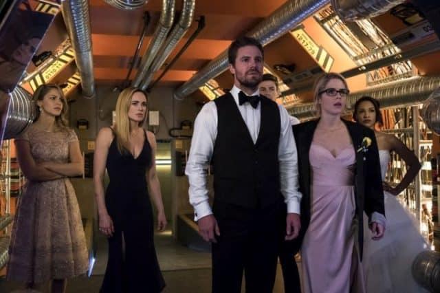 Arrow Season 6 Episode 8 Crisis on Earth X