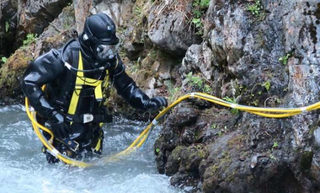 gold rush whitewater episode 1 online