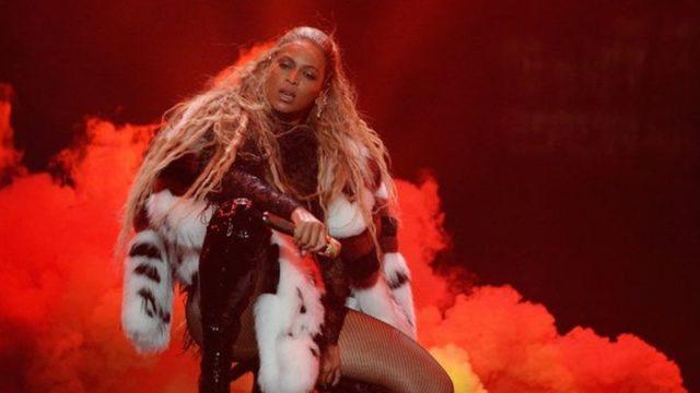 Beyonce's 2016 WMA Performance