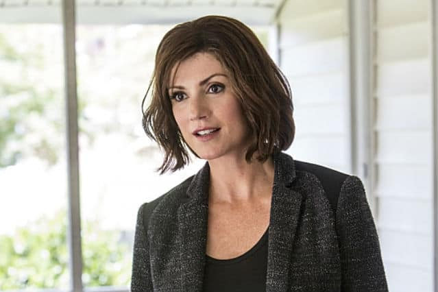10 Things You Didn T Know About Zoe Mclellan