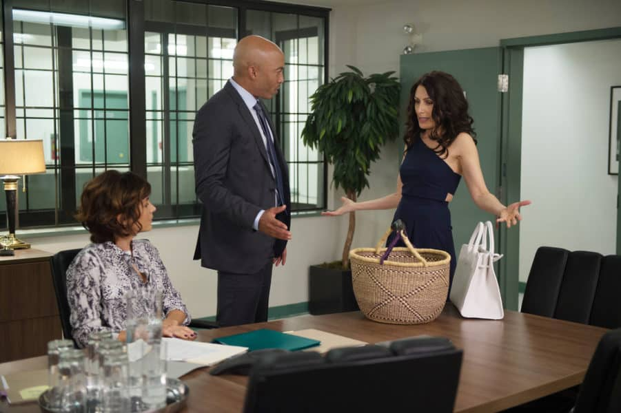 Girlfriends' Guide to Divorce 5x03