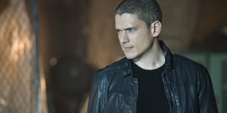 The 10 Best Leonard Snart Quotes