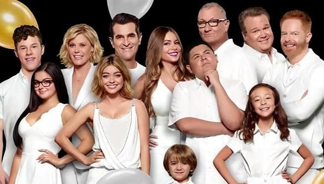 the net worths of the modern family cast members Modern Family Intro